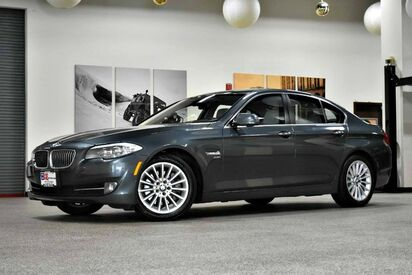 2011_BMW_5 Series_535i xDrive_ Canton MA