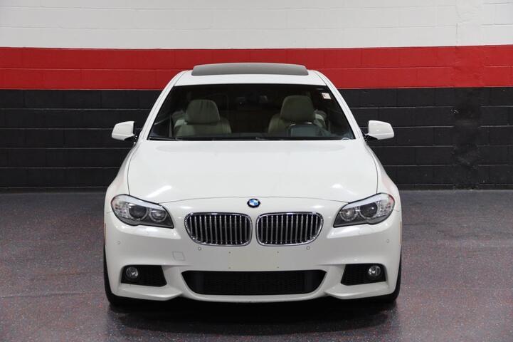 2011 BMW 550i M Sport 6-Speed Manual 4dr Sedan Chicago IL