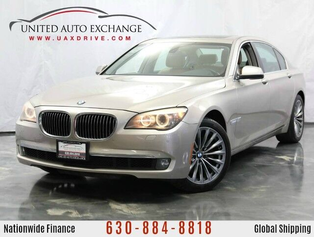 2011 BMW 7 Series 740Li / 3.0L Twin-Turbo Engine / Front and Rear Parking Aid with Addison IL