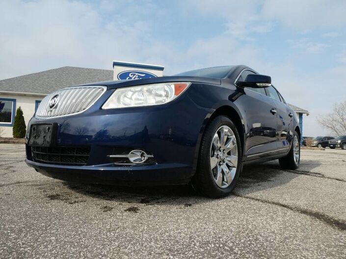 2011 Buick LaCrosse CXL- LEATHER INTERIOR- REMOTE START- V6- LOW KM Essex ON