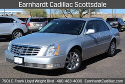 Cadillac DTS Luxury Collection 2011