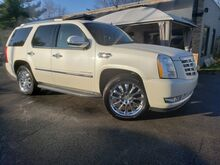 2011_Cadillac_Escalade_Base_ Georgetown KY