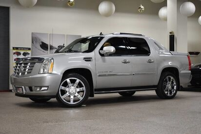 2011_Cadillac_Escalade EXT_Luxury_ Boston MA