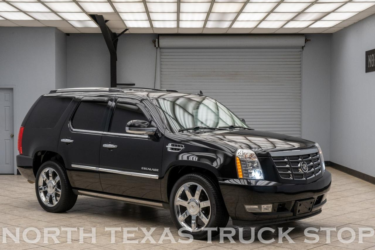 2011 Cadillac Escalade Premium AWD Navigation DVD Sunroof Power Running Boards Mansfield TX
