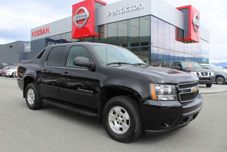 2011 Chevrolet Avalanche LS, 4WD, No Accidents, Lots of Storage Kelowna BC