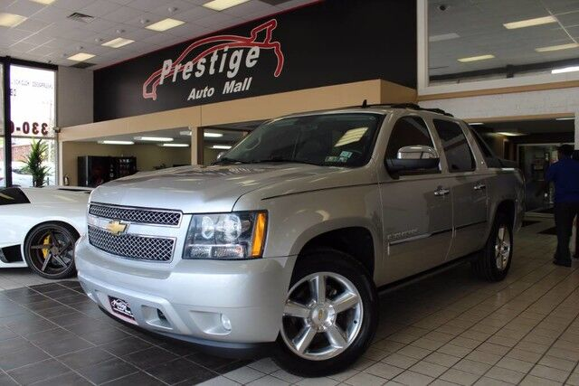 2011 Chevrolet Avalanche LTZ - Sun Roof, Navi, Rear Entertainment Cuyahoga Falls OH