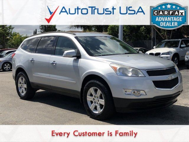 2011 Chevrolet Traverse LT 1LT CLEAN CARFAX 3RD ROW POWER SEAT BACKUP CAM LOW Miami FL