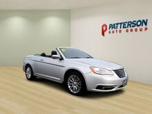 2011_Chrysler_200_2DR CONV LIMITED_ Wichita Falls TX