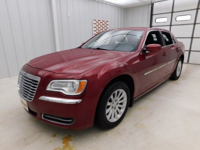 2011 Chrysler 300 4dr Sdn RWD Manhattan KS