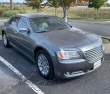 2011_Chrysler_300_Limited RWD_ Kansas City MO