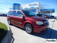 2011_Chrysler_Town & Country_Limited_ Ardmore OK