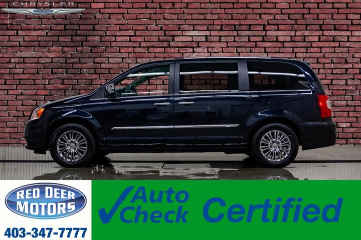 2011 Chrysler Town & Country Limited Leather Roof Nav DVD BCam Red Deer AB