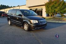 2011 Chrysler Town & Country Touring Wheelchair Van Conyers GA