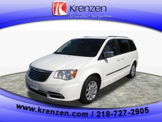 2011 Chrysler Town & Country Touring-L Duluth MN