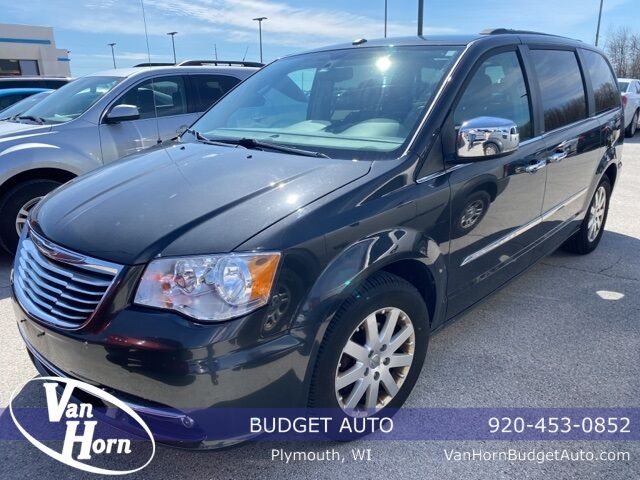 2011 Chrysler Town and Country Touring-L Plymouth WI