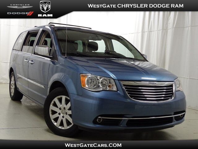 2011 Chrysler Town & Country Touring-L Raleigh NC