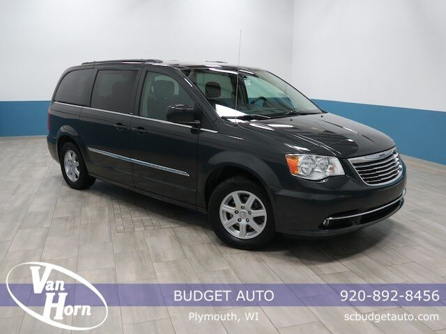 2011 Chrysler Town & Country Touring Plymouth WI