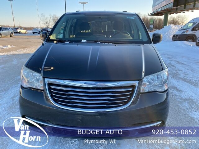 2011 Chrysler Town and Country Touring Plymouth WI