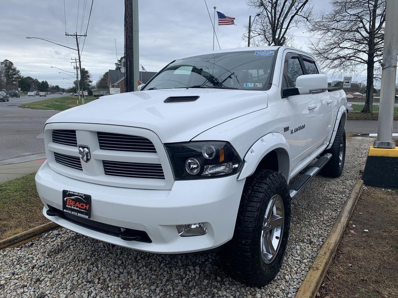 2011 DODGE RAM SPORT CREW CAB 4X4, WARRANTY, LIFTED, LEATHER, NAV, SIRIUS RADIO, RUNNING BOARDS, TOW PKG! Norfolk VA