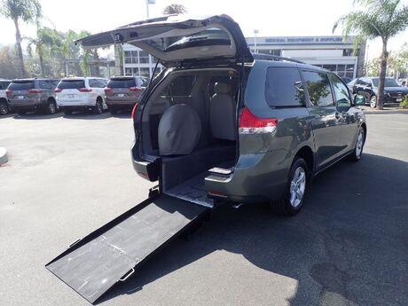 2011 FMI Toyota Sienna LE w/ Manual Ramp Anaheim CA