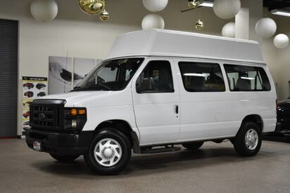 2011_Ford_Econoline E-250_Wheelchair Van_ Boston MA
