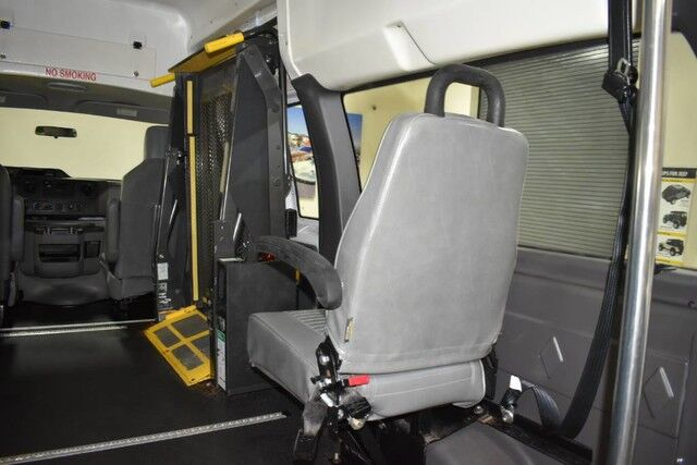 2011 Ford Econoline E-250 Wheelchair Van Boston MA