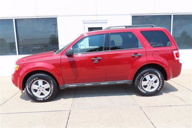 2011 Ford Escape XLT V6  AWD Moline IL