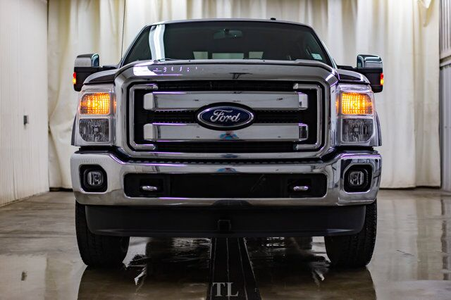 2011 Ford F-250 4x4 Super Cab Lariat Leather Nav Red Deer AB