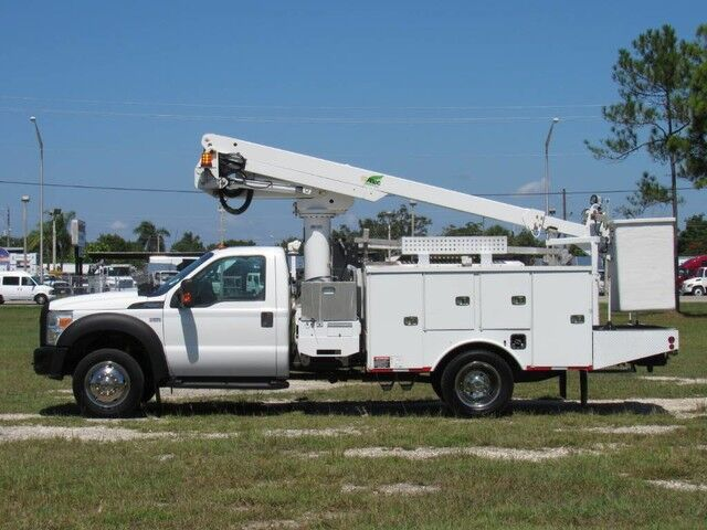2011 Ford F-550 XL ALTEC Bucket Truck (Gas)