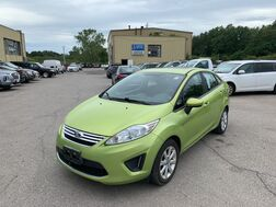 2011_Ford_Fiesta_SE_ Cleveland OH