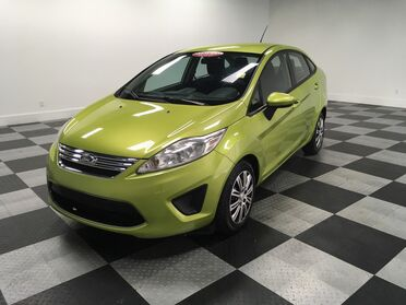 2011_Ford_Fiesta_SE_ Chattanooga TN