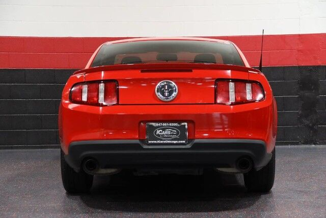 2011 Ford Mustang V6 2dr Coupe Chicago IL