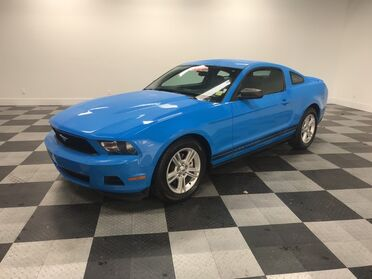 2011_Ford_Mustang_V6_ Chattanooga TN