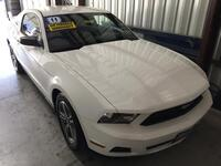 Ford Mustang V6 Coupe 2011