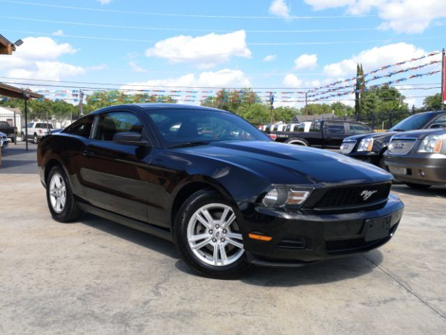 2011_Ford_Mustang_V6 Coupe_ San Antonio TX