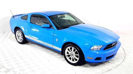 2011_Ford_Mustang_V6_ Euless TX