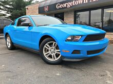 2011_Ford_Mustang_V6_ Georgetown KY