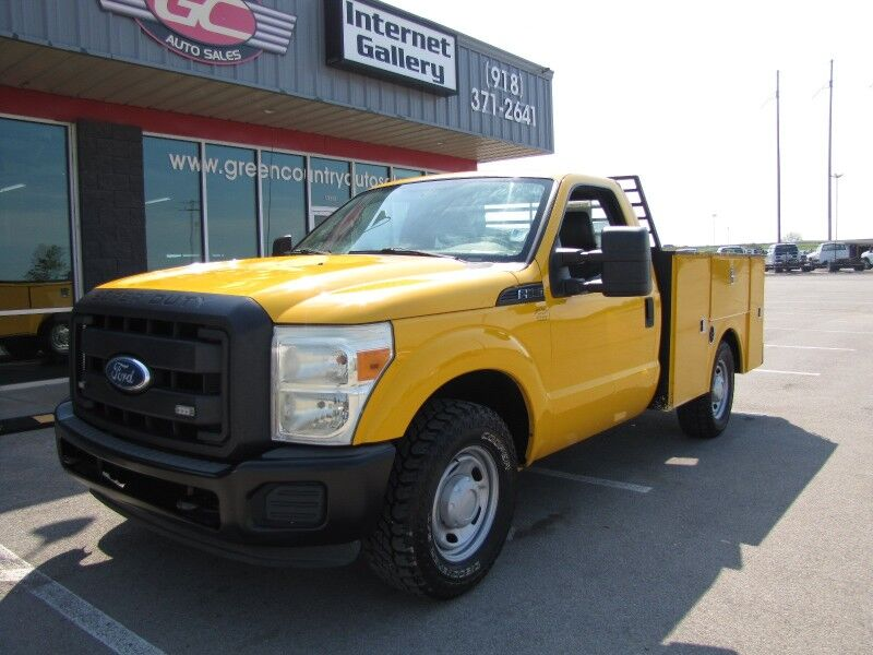 2011 Ford Super Duty F-250 Utility Tommy Lift XL Collinsville OK