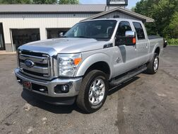 2011_Ford_Super Duty F-350 SRW_Lariat_ Middlebury IN