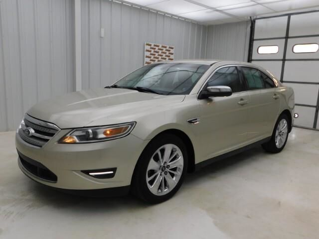 2011 Ford Taurus 4dr Sdn Limited FWD Manhattan KS