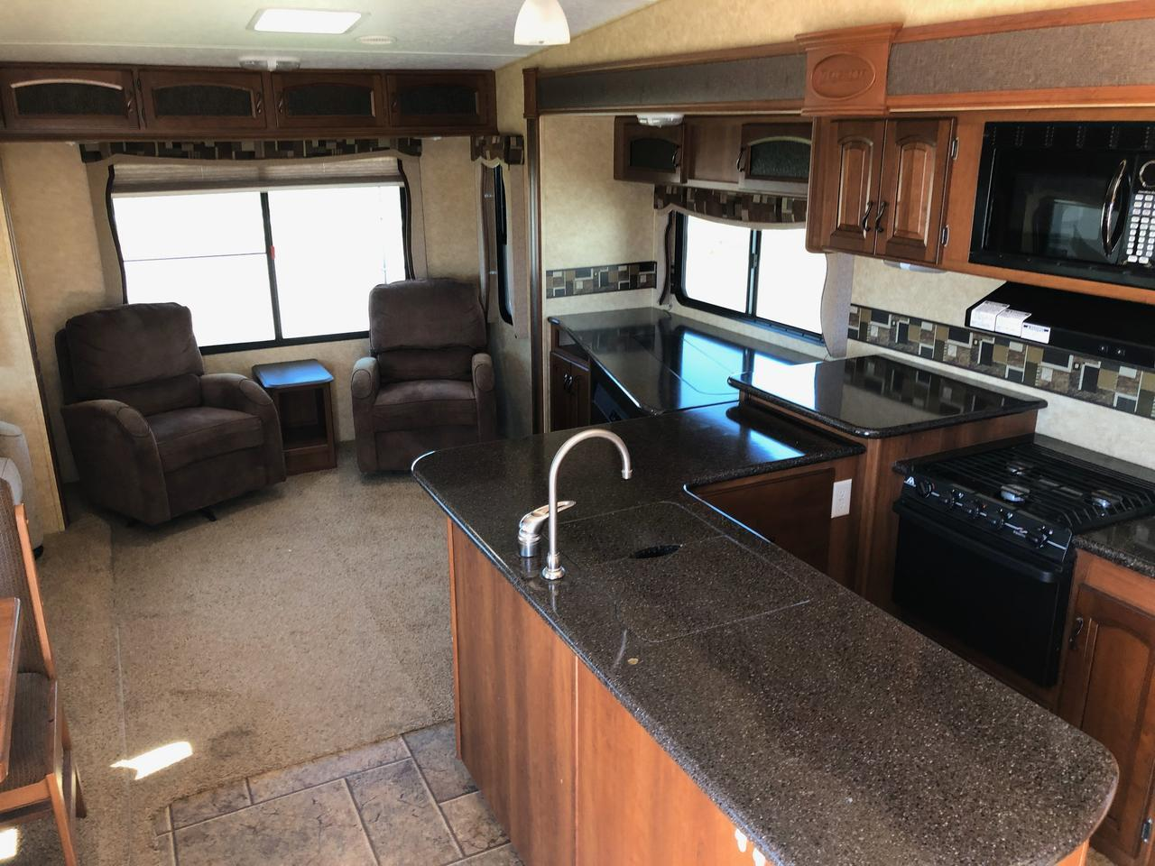 2011 Forest River Crusader 320RLT Moorhead MN