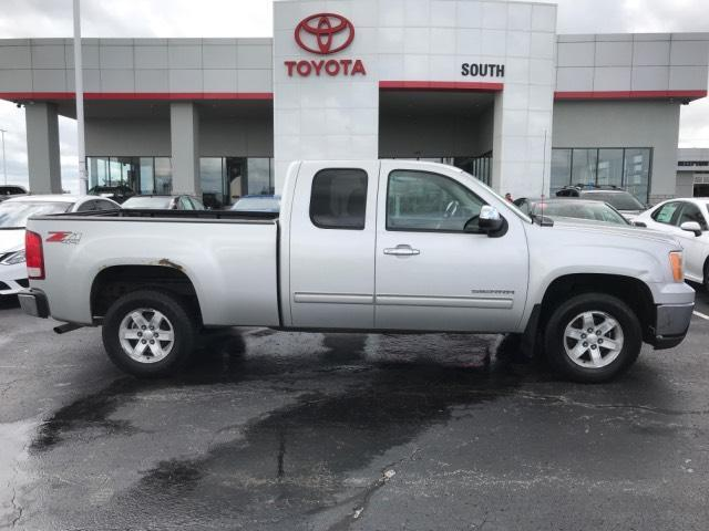 2011 GMC Sierra 1500 4WD Ext Cab 143.5 SLE Lexington KY