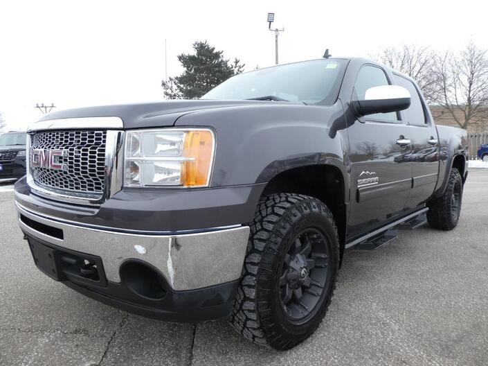 2011 GMC Sierra 1500 *SALE PENDING* SL Nevada Edition 4X4 Cruise Control 4.8L Essex ON
