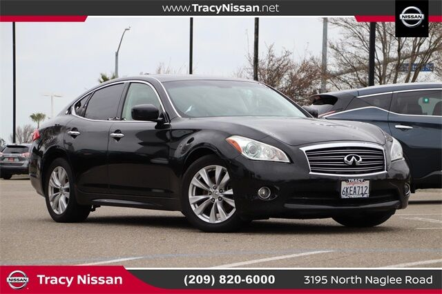 2011 INFINITI M56 Base Tracy CA
