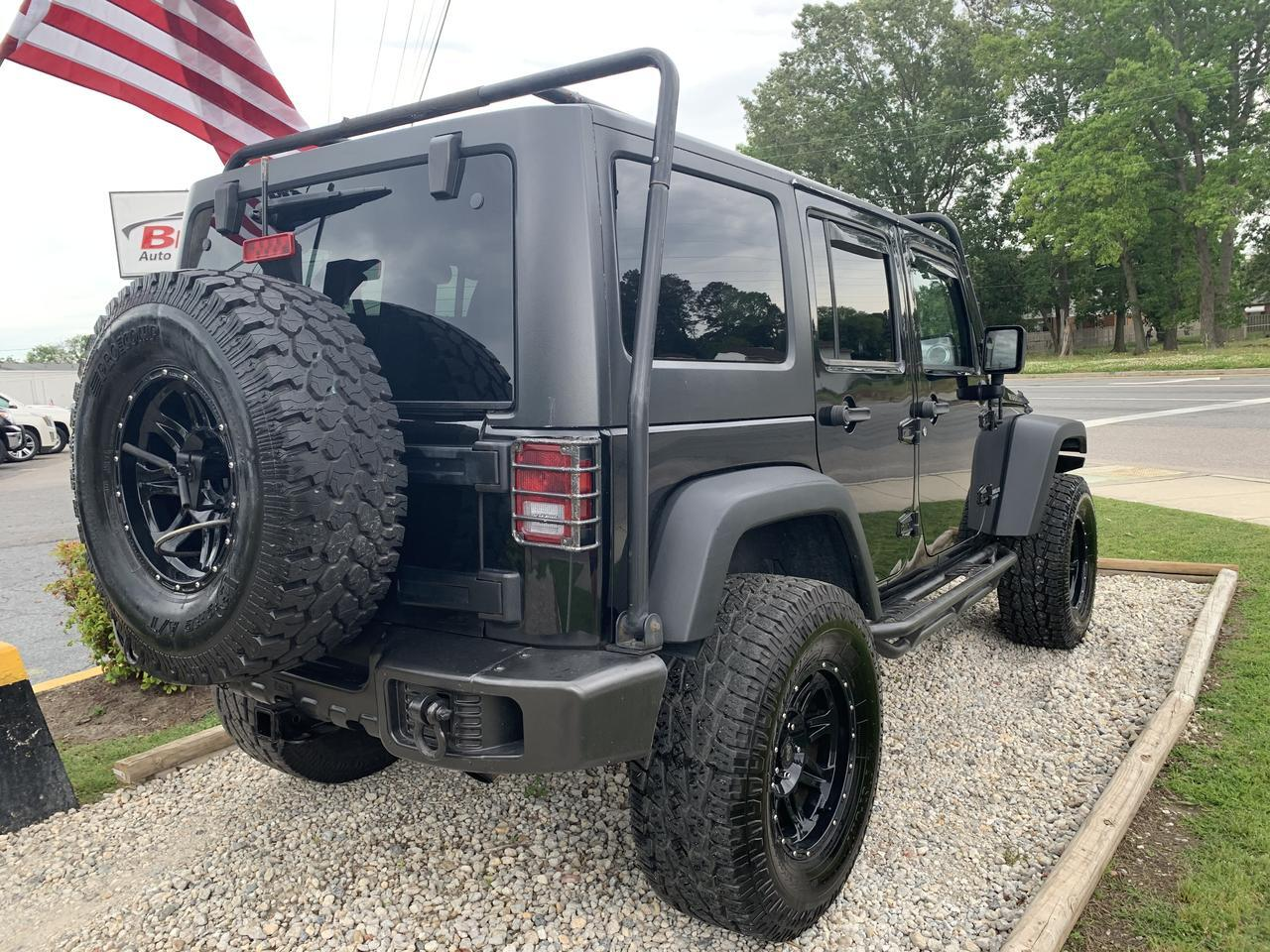 2011 JEEP WRANGLER UNLIMITED RUBICON 4X4, WARRANTY, MANUAL, LIFTED, HARD/SOFT TOP, BLUETOOTH, 1 OWNER! Norfolk VA