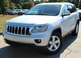 2011 Jeep Grand Cherokee Laredo - w/ NAVIGATION & LEATHER SEATS