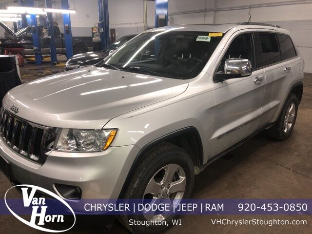2011 Jeep Grand Cherokee Limited Plymouth WI