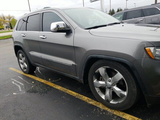 2011 Jeep Grand Cherokee Overland Plymouth WI