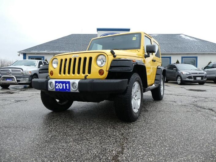 2011 Jeep Wrangler Sahara - DUAL TOP - HEATED SEATS - CRUISE CONTROL Essex ON