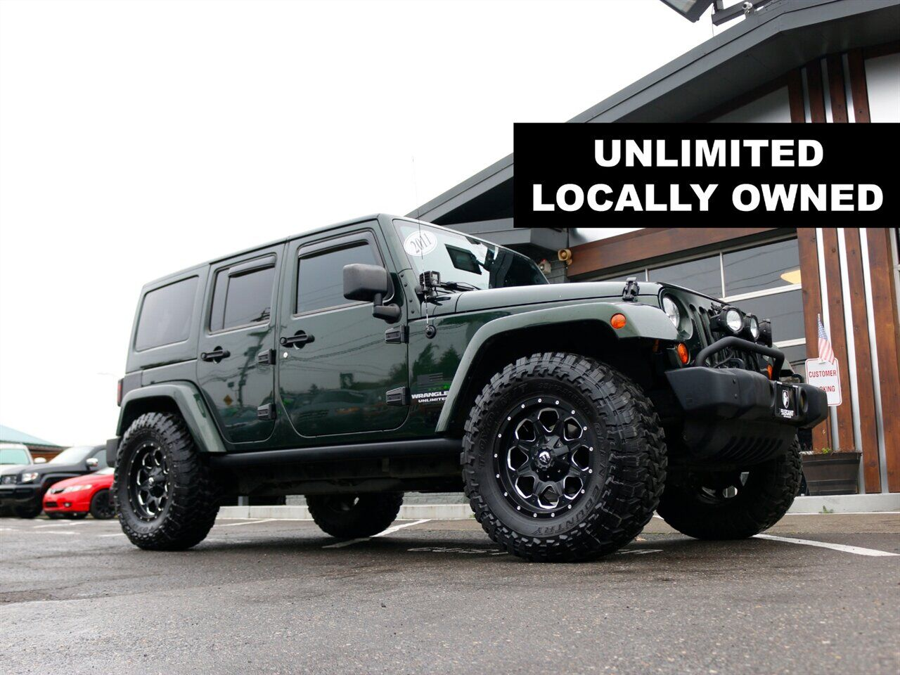 2011 Jeep Wrangler Unlimited Sahara / 4x4 / automatic / pw windows Beaverton OR